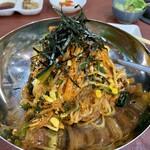 焼肉市場 明月館 - ピビン麺