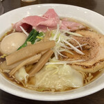 麺屋 七利屋 - 特製中華そば 1050円