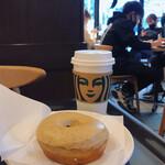 スターバックス・コーヒー - アールグレイミルククリームドーナツ
