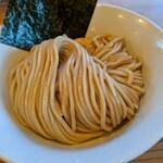 らーめん いつ樹 - 茹で前 270gの中太麺。 食べ応え有ります。