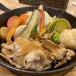 143924559 - 野菜たっぷり道産豚のポークジンジャーアップ