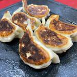 上海家庭料理 大吉 - 焼き餃子
