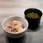 USHIGORO S. - 白トリュフと和牛の土鍋ご飯