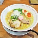 池田麺彩 - 塩ラーメン(+味玉)