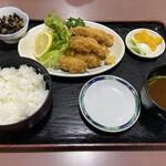 大船 - カキフライ定食