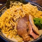 麺や豊 - 麺盛り