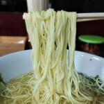 143976296 - 塩らーめん 麺リフト