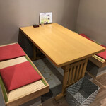 川うめ - テーブル席