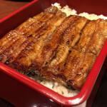 野田岩 - ふっくらした鰻