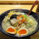 143987925 - 特製湯麺1,200円