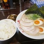 久留米ラーメン ふくの家 - 料理写真: