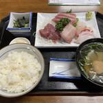 タカラ亭 - 料理写真:お刺身定食1000円