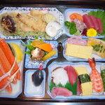 すし幸 - 幕の内料理 3000円から 写真は4000円