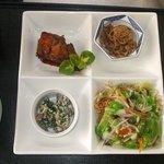 よこ田ラーメン - 料理写真:ランチ例1