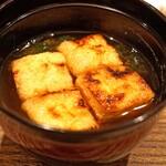 虎白 - お揚げの味噌汁