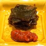 虎白 - 昆布の佃煮と梅干