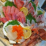 タカマル鮮魚店 - 当日入荷のお刺身