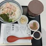 つじ半 - 料理写真:贅沢丼 梅(税別880円)