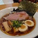 豊浜サービスエリア(上り) レストラン 千登世 - ラーメンモンスター味玉