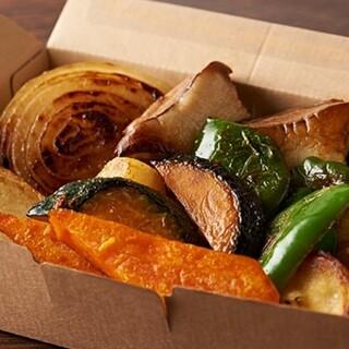 店頭でもテイクアウトでも◎オーガニック野菜をシンプルに調理。