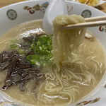 Kyuushuuramenyaoki - 麺が美味しい。