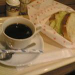 喫茶・レストランブルーポピー - H23/8コーヒーとサンドイッチ