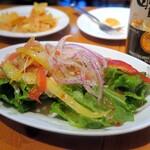 サルサカバナ - さきさきチキンとサルサのサラダ¥380