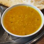 ライラ - ダール豆カレー