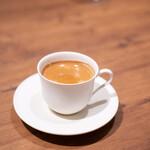 シンシア ブルー - コーヒー