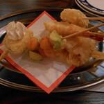 和×伊 大衆酒場カランコロン - 料理写真:天チョス