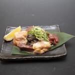 大衆酒場肉のオカヤマ - 〈ディナー〉ホルモンも多数取り揃えております。
