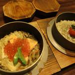 手羽先唐揚・串焼・釜飯 とりや 小次郎 - 料理写真:鮭といくらの釜飯、梅とじゃこの釜飯