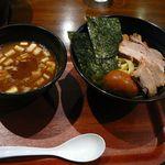 つけ麺屋しずく - 【新濃厚魚介全部入りつけ麺…980円】2012/8