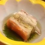 居肴屋 風来坊 - お通しは素麺の押し寿司風煮物