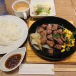 神田の肉バル RUMP CAP - ミッスクステーキ160g ¥900+税