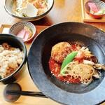 144070776 - 蟹味噌クリームコロッケと鶏のグリル トマトソース