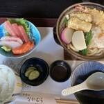 和食処 なかむら - 料理写真:鍋焼きうどん定食