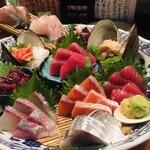 酒の魚 和海 - 刺身和海盛り