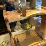 おとぎの蔵 豆の樹 - 抹茶ペーストを搾っているところ①
