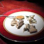 ジャガト カーナ - チーズ