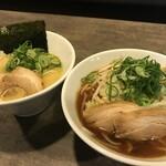 龍泉亭 - 濃厚白湯ラーメン 濃厚醤油ラーメン
