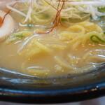 Daikokuyaramen - 麺とスープ