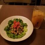 indoryouriomoinoki - ヒヨコ豆サラダと想いの木サワー