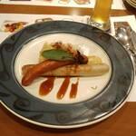 エルナ・アドリアーン - 焼きソーセージおまかせ 2種盛り クラカウバー & チューリンガー