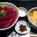 お菜家 - まぐろ丼とミニ温うどん ¥800