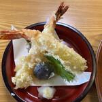 安江  - 天ざるセットの天ぷらです