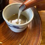 安江  - 蕎麦湯はとろみがあるタイプです