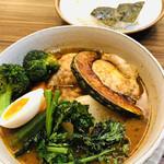 東京らっきょブラザーズ - 季節野菜とチキンスープカレー