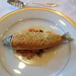 14417739 - 魚料理(鮎のパイ包み焼き)
