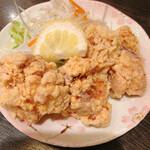 味噌おでん くろさわ - 料理写真:鶏唐セットの唐揚げ サクサクで美味!